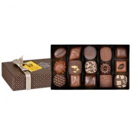 Coffret 15 Chocolats Noir et Lait Michel Cluizel